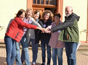 Zusammen machen sie sich stark für die Gleichberechtigung auf allen Ebenen der Kirche: (v.l.) Das Team von Maria 2.0 aus Nieder-Olm.(Bild EF)