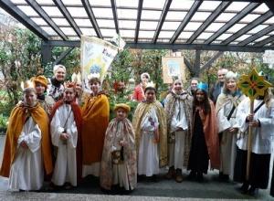 Nicht nur als Sternsinger aktiv: Jugendliche und Kinder der katholischen Pfarreien Obertshausen sind vielfältig engagiert. (Bild: Pfarrei Sankt Thomas Morus Obertshausen)
